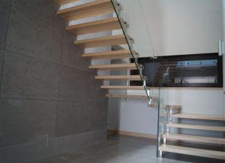 schody do wnętrz minimalistycznych
